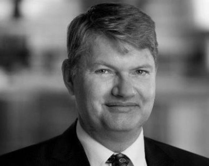 Mr Roland Van Benten
